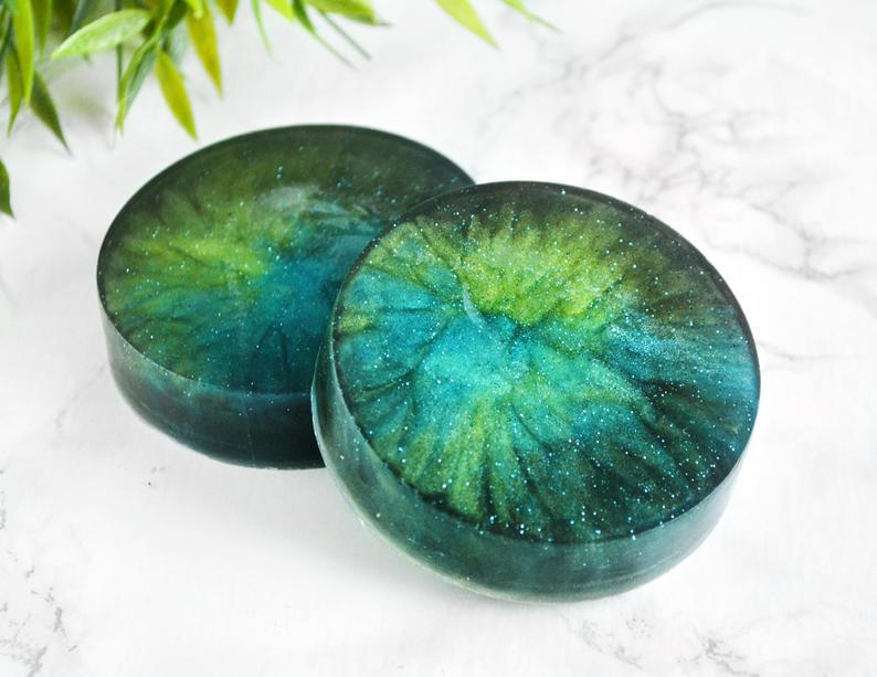 Nordlyssåpe med bonsaiduft fra Tailored Soap