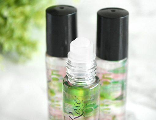 Grønn parfyme med engelsk rose duft