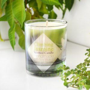 Grønt duftlys med duft av sjasmin