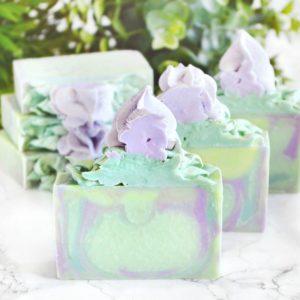 Grønn alvesåpe med snøklokke duft