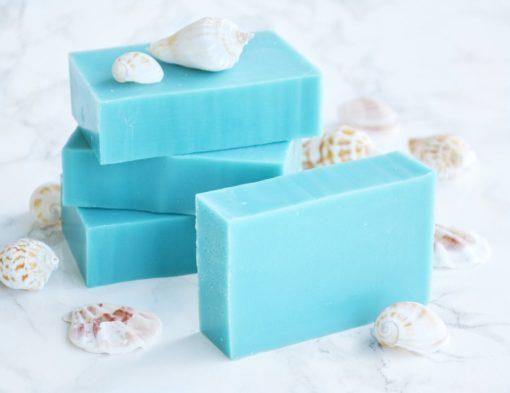 Blå kaldprosess såpe med duft av bølger