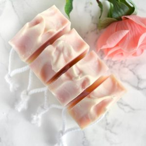Rosa kaldprosess såpe med rosa duft