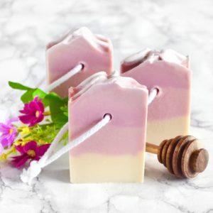 Lilla kaldprosess såpe med villblomst og honning duft