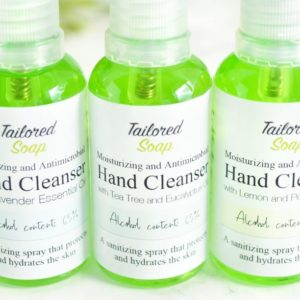 Antimikrobiell rensespray med eterisk olje