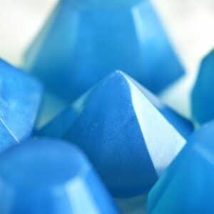 Fødselssteininspirert såpe for september designet som safir