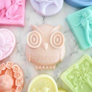 Uglesåpe med valgfri farge og lukt. Håndlaget av Tailored Soap